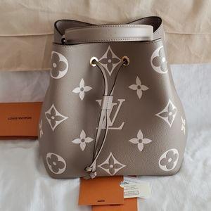 NeoNoe Giant Flower Monogram Beige Gray Bag& Pouch